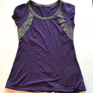 Lululemon - workout tee